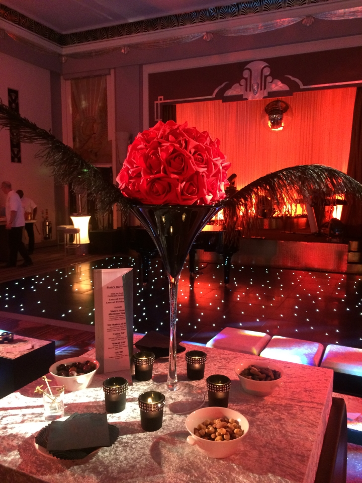Transform Your Office Space This Christmas Wedding Lounge