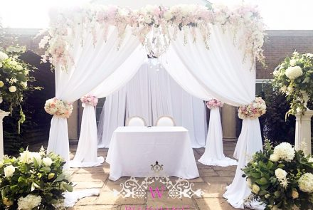 Luxury ceremony draping